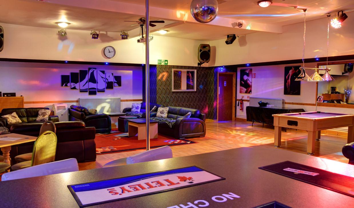 swingers club warrington